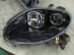 加工ヘッドライト 殻割り 防水処理 コーキング1