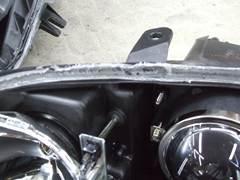 加工ヘッドライト 殻割り 防水処理 コーキング3