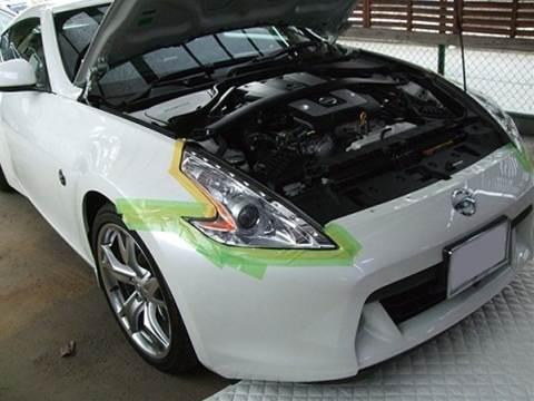 加工ヘッドライト品 プロショップならではの、国家整備士・車体整備士のよる、安心のお取り付け作業3