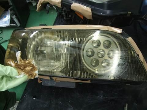 ヘッドライト 黄ばみ くすみ くもり 除去 レンズコーティング クイックリペアコーティング1