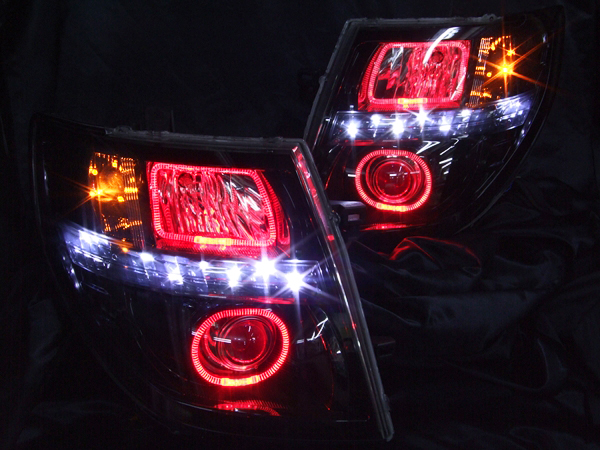 E51 エルグランド 後期 ブラッククロム&レッドイカリング&レッドアイ ヘッドライト
