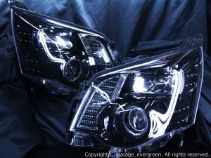 美品■ZRR70系ノア後期 ブラックLEDイカリングHIDヘッドライトEG