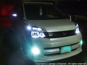 AZR60G AZR65G VOXY ヴォクシー ブラック&白色LEDイカリング ヘッドライト