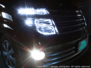 E51 エルグランド 前期 ドレスアップヘッドライト 増設LED44発&4連高輝度LEDイカリング 仕様
