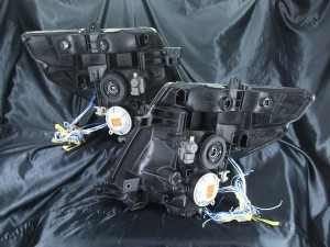 ★E51 エルグランド 前期★高輝度青色LEDイカリング8連装&高輝度橙色LED増発 レンズクリーニング・コーティング済み オーダー加工ドレスアップヘッドライト