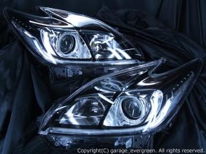 ZVW30系 プリウス 後期 キセノンベースヘッドライト ラインポジション白色LED打替え ブラッククロム&イカリング&高輝度白色LED仕様