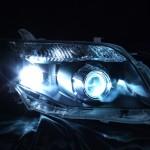 ★E14系 カローラフィールダー★高輝度白色LEDイカリング4連装 社外プロジェクターインストール&インナー艶消しブラック塗装仕様 レンズクリーニング・コーティング済み オーダー加工ドレスアップヘッドライト