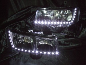 ヘッドライト現物加工 シボレーエクスプレス インナーブラック塗装&LEDイカリング