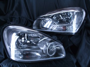 ヘッドライト現物加工 Y50シーマ 300G LEDイカリング&ファイバー加工
