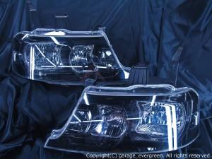 ホンダ RF3/4/5/6/7/8系 ステップワゴン 後期 純正HID車 AFS無し車用 純正ドレスアップヘッドライト 4連LEDイカリング&高輝度白色LED10発増設&高輝度橙色LED10発増設&インナーブラッククロム 仕様ホンダ RF3/4/5/6/7/8系 ステップワゴン 後期 純正HID車 AFS無し車用 純正ドレスアップヘッドライト 4連LEDイカリング&高輝度白色LED10発増設&高輝度橙色LED10発増設&インナーブラッククロム 仕様