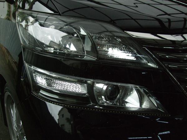 20系アルファード アクリルイルミLEDファイバー&イカリングLEDヘッドライト車体取り付け アンダーラインLED付き