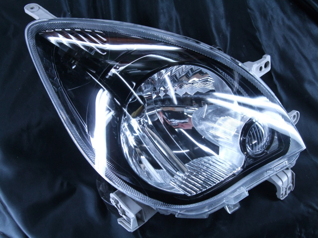 L275V ミラ ハロゲン インナー塗装 塗り分けブラッククロム ドレスアップヘッドライト