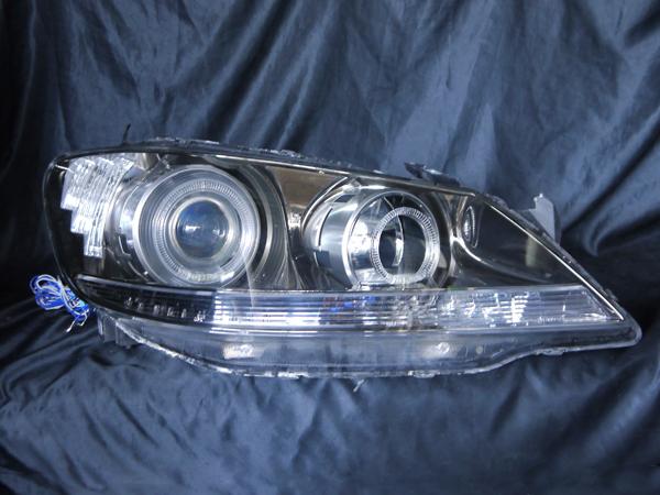 ホンダ KB1 レジェンド 全グレード対応 純正ドレスアップヘッドライト 4連LEDイカリング&高輝度白色LED30発増設&高輝度橙色LED16発増設ホンダ KB1 レジェンド 全グレード対応 純正ドレスアップヘッドライト 4連LEDイカリング&高輝度白色LED30発増設&高輝度橙色LED16発増設