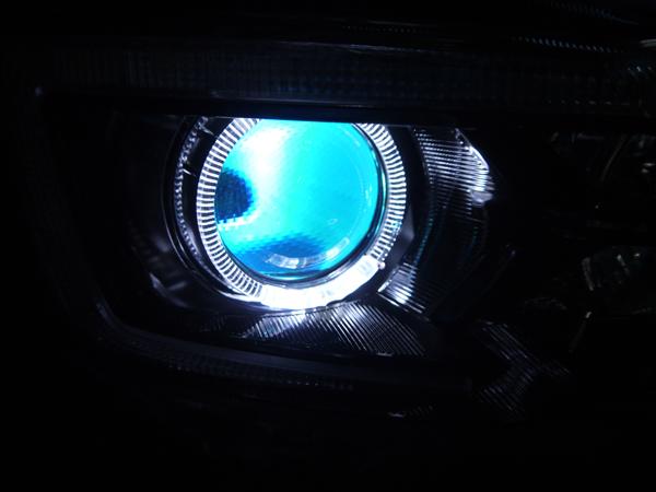 オーダー加工■レヴォーグ 後期 WRX D型 VM4/VMG プロジェクター内 水色LED増設&LEDイカリング 仕様 純正ドレスアップヘッドライト