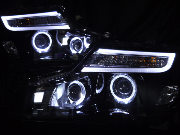 オーダー加工 RK ステップワゴン 後期 インナーブラック塗装&プロジェクター移植&LEDイカリング&純正ポジション部色替え 仕様 純正加工 ドレスアップヘッドライト