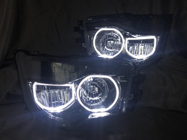 ワンオフ加工 三菱ふそう スーパーグレート インナーブラック塗装&LEDイカリング仕様 純正加工 ドレスアップヘッドライト&フォグランプ