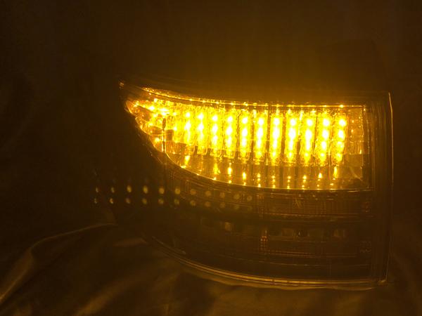 オーダー加工1 レクサス CT200h 前期/中期 純正テールランプ加工 シーケンシャルウインカー 仕様