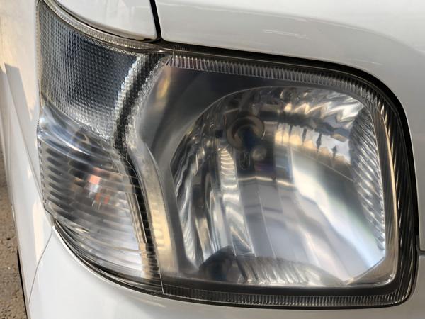 ダイハツ S320系 ハイゼット・カーゴ クリーニング&コーティング加工 純正ヘッドライト