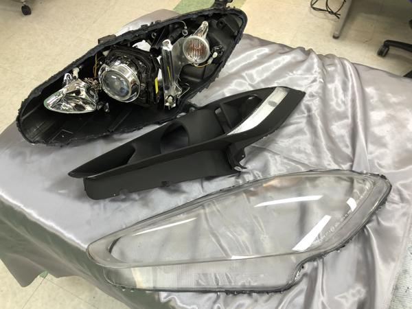 修理 マセラティ・グラントゥーリズモ 加工ヘッドライト クリーニング&コーティング済み