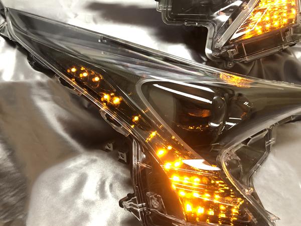 ワンオフ加工 ZVW50プリウス 前期 シーケンシャルウインカー&インナーフルブラック 仕様 純正加工品 ドレスアップ ヘッドライト 流れるウインカー カスタムヘッドライト【車検対応】