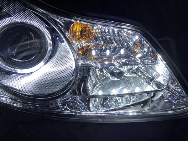 V36 スカイライン 前期 セダン イカリング&LED増設&レンズクリーニング 仕様 純正加工 ドレスアップ ヘッドライト