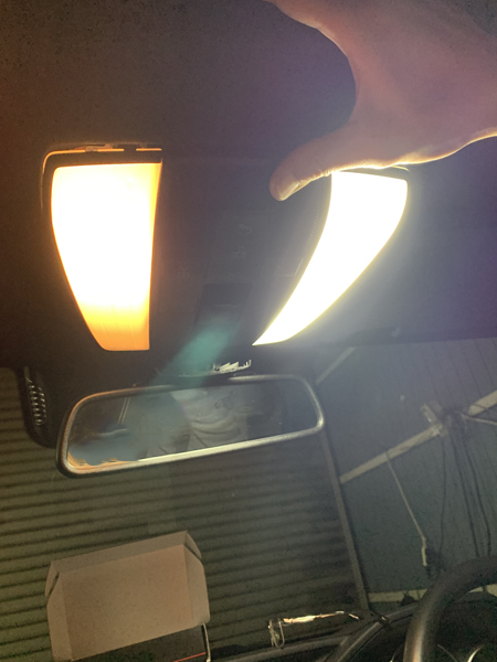W212 Eクラス 後期 ルームランプ LED化・LED交換