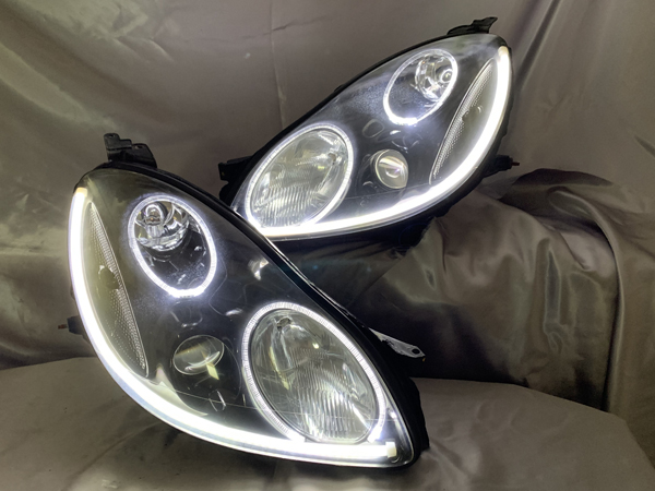 受注生産 40ソアラ インナーブラック塗装&LEDイカリング&シリコンLEDチューブ仕様 純正加工品 ドレスアップ ヘッドライト
